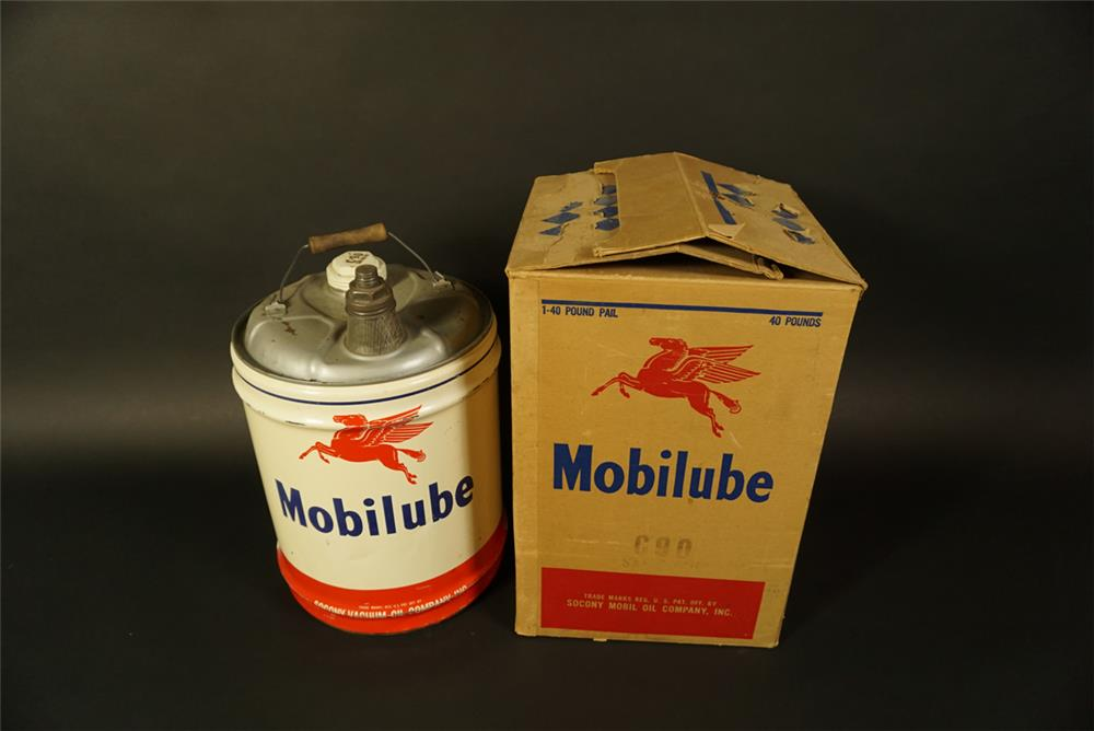 Choice 1950s Mobilube 40-pound can with original shipping box. - Front 3/4 - 191663