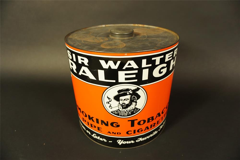 Large 1920s-30s Sir Walter Raleigh Tobacco general store countertop tin display with lid. - Front 3/4 - 191673