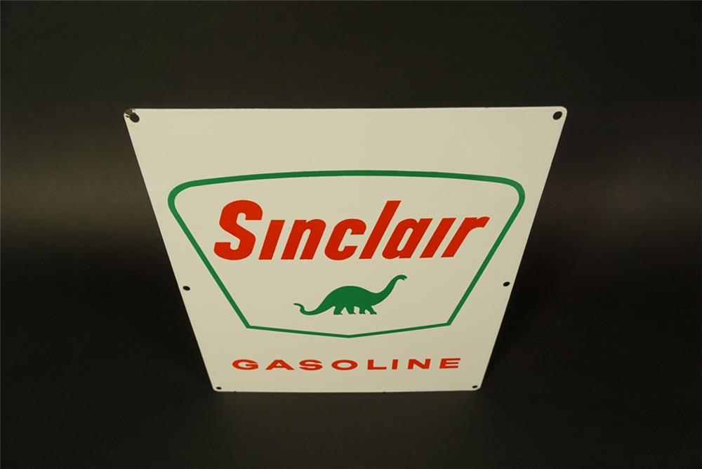 NOS 1950s Sinclair Gasoline porcelain pump plate sign with dino logo. - Front 3/4 - 191723