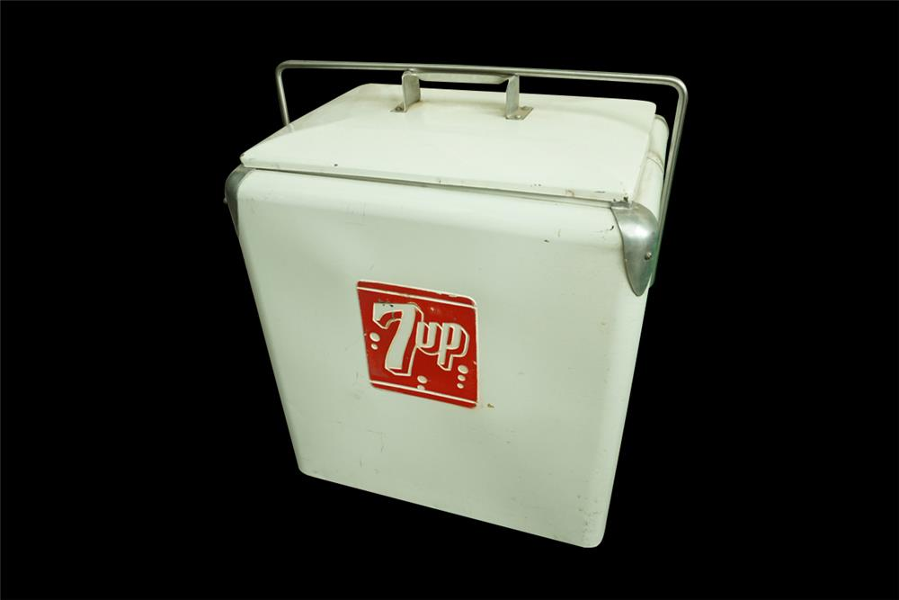 1950s all original 7-up soda metal picnic cooler. - Front 3/4 - 192021