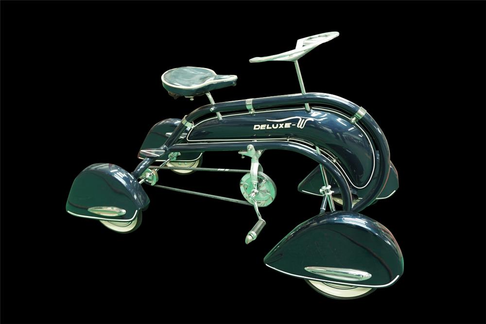 Exceptionally rare and exquisite W-Deluxe pedal quad-cycle with pontoon style fenders. - Front 3/4 - 192026