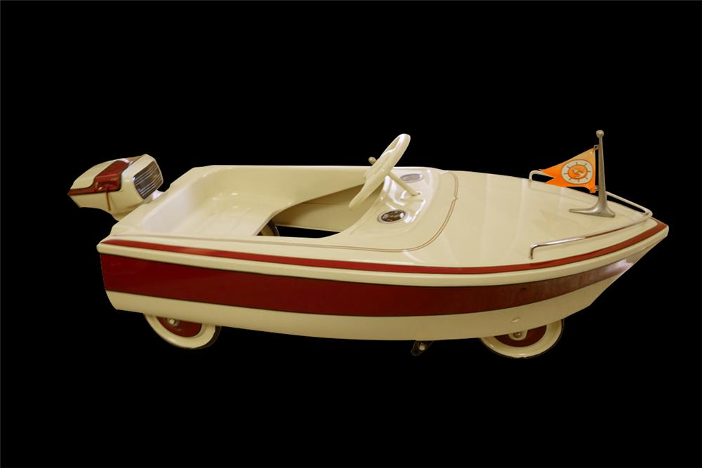 Fantastic 1968 Murray restored speed boat pedal car. - Front 3/4 - 192027