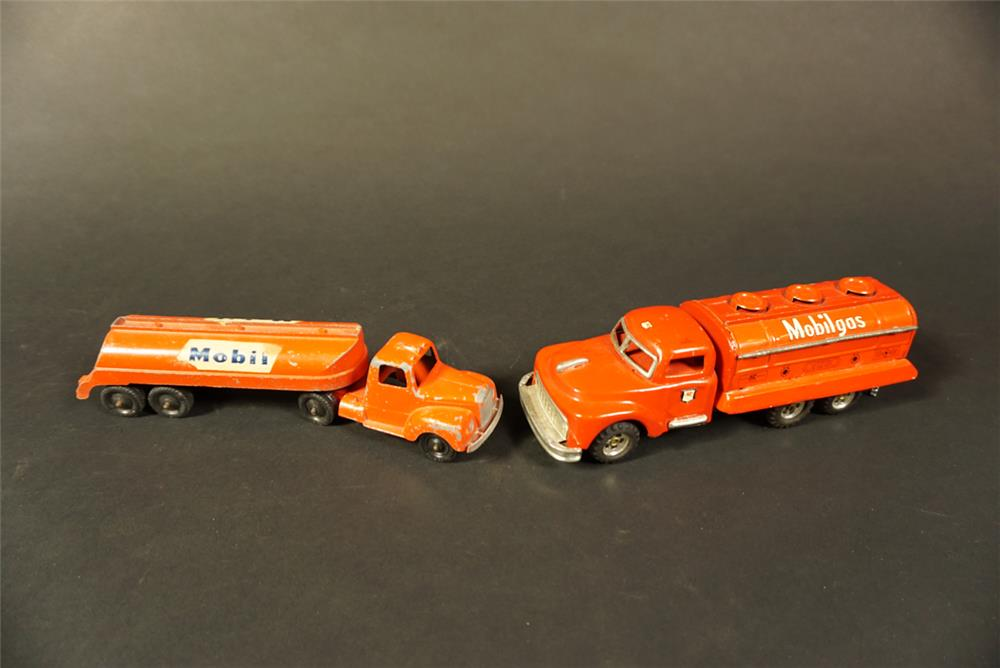 Lot of two 1950s Mobil Oil delivery tanker toy trucks. - Front 3/4 - 192143