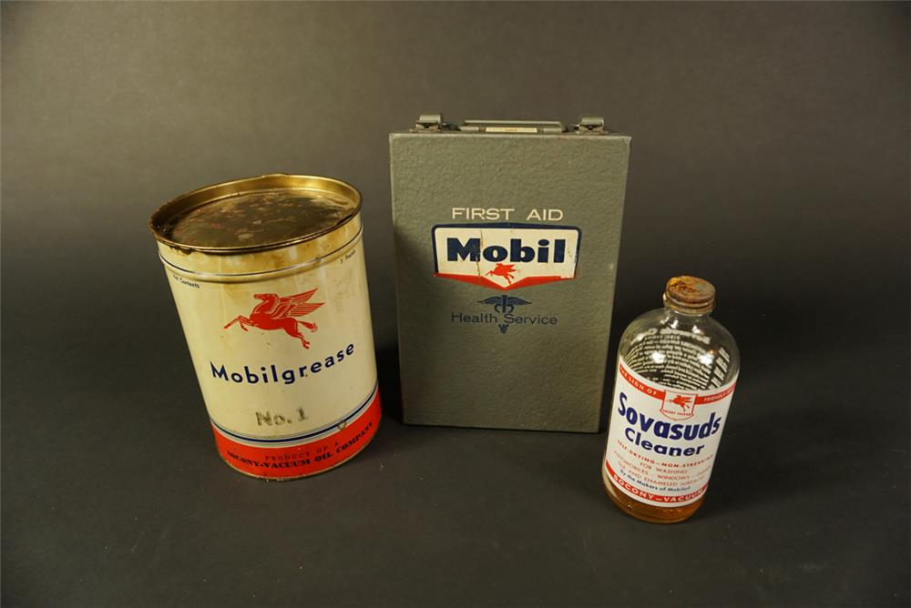 Lot of three 1940s-50s Mobil Oil items. - Front 3/4 - 192153