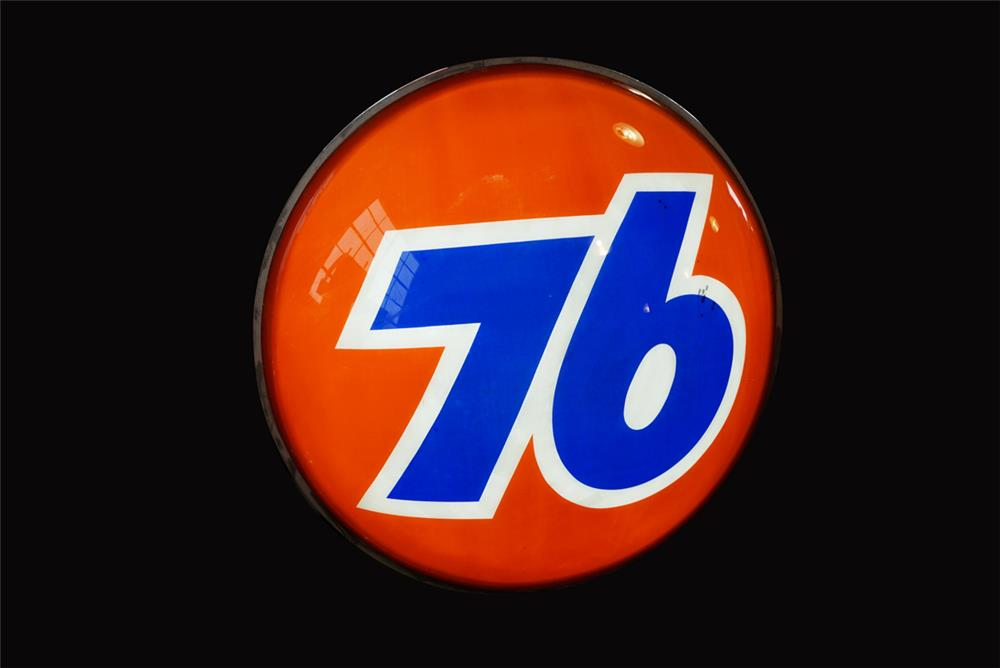 Awesome 1960s Union 76 single-sided light-up three-dimensional service station sign. - Front 3/4 - 192250