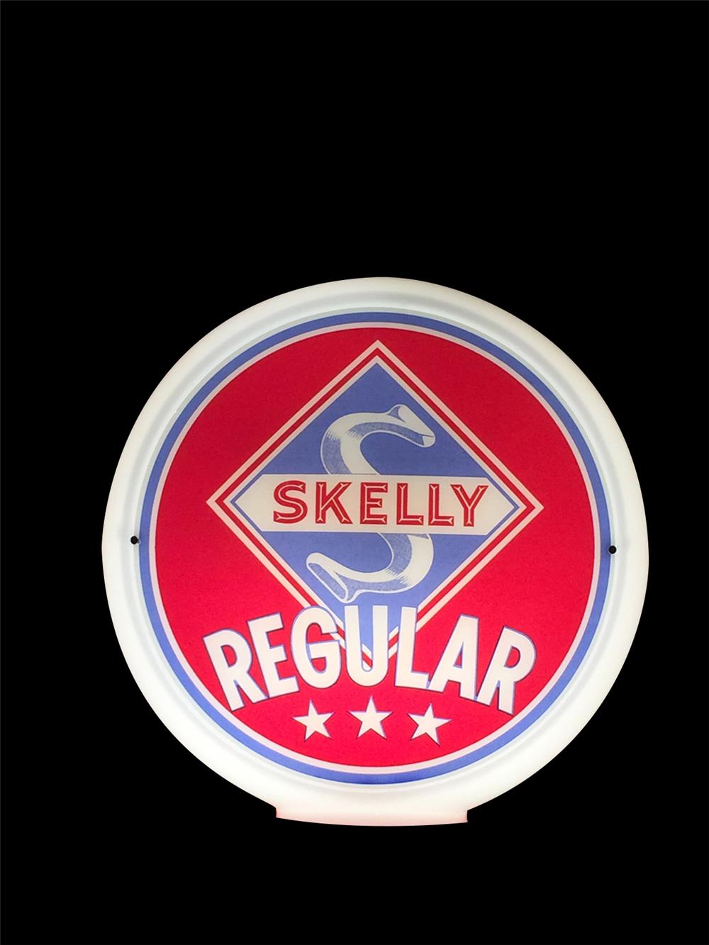 Spectacular 1940s Skelly Regular Gasoline wide-bodied glass gas pump globe. - Front 3/4 - 192351