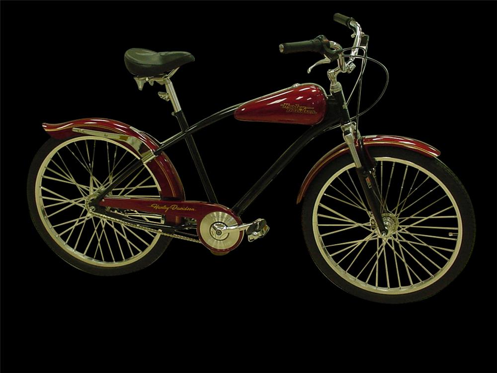 1997 Harley-Davidson limited-edition bicycle. - Front 3/4 - 192389