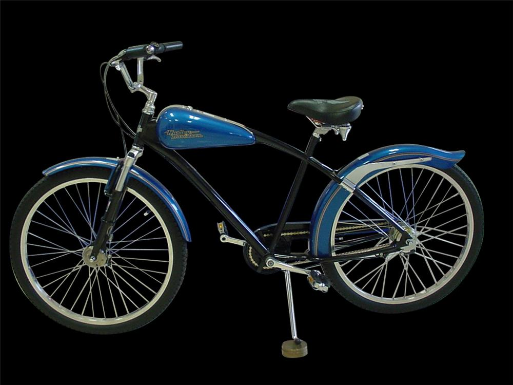 1996 Harley-Davidson limited edition bicycle. - Front 3/4 - 192393