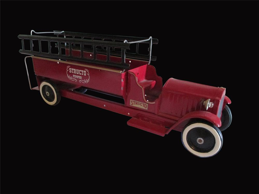 """Restored 1920's Structo Toys steel """"Pumper"""" fire ladder truck with ladders. - Front 3/4 - 192453"""