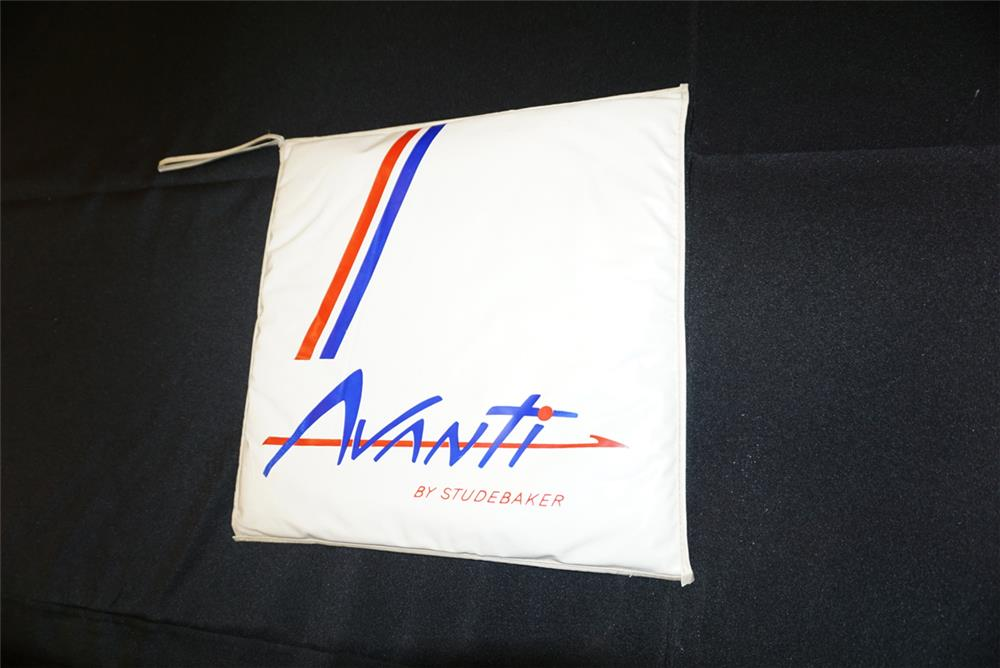 Addendum Item - Hard to find Studebaker Avanti advertising seat cushion in very good condition. - Front 3/4 - 193760