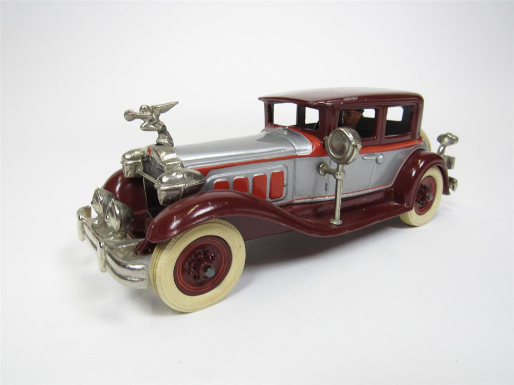 Cast-iron 1929 Packard Straight Eight cast iron toy by Tom Sehloff. - Front 3/4 - 202505