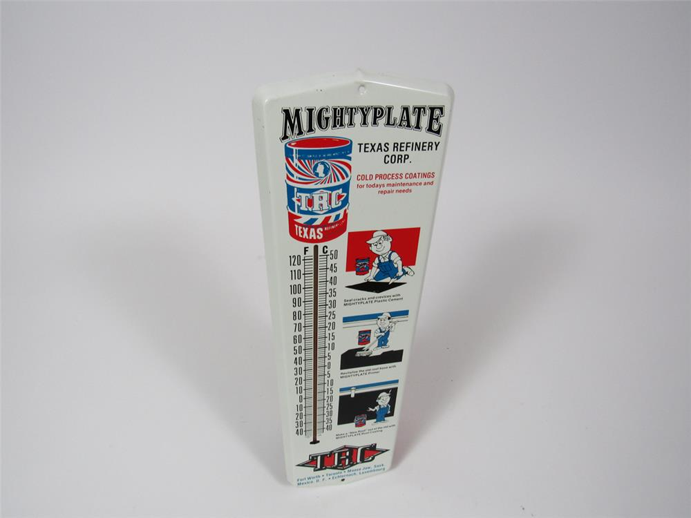 "NOS late 1960s Texas Refinery Corporation ""Mighty Plate"" single-sided tin thermometer with graphics. - Front 3/4 - 204333"