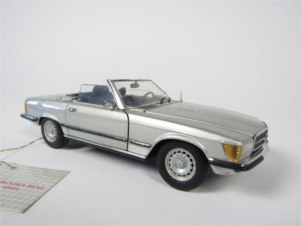 Mercedes benz 450sl convertible franklin mint 1 24 scale for Diecast mercedes benz