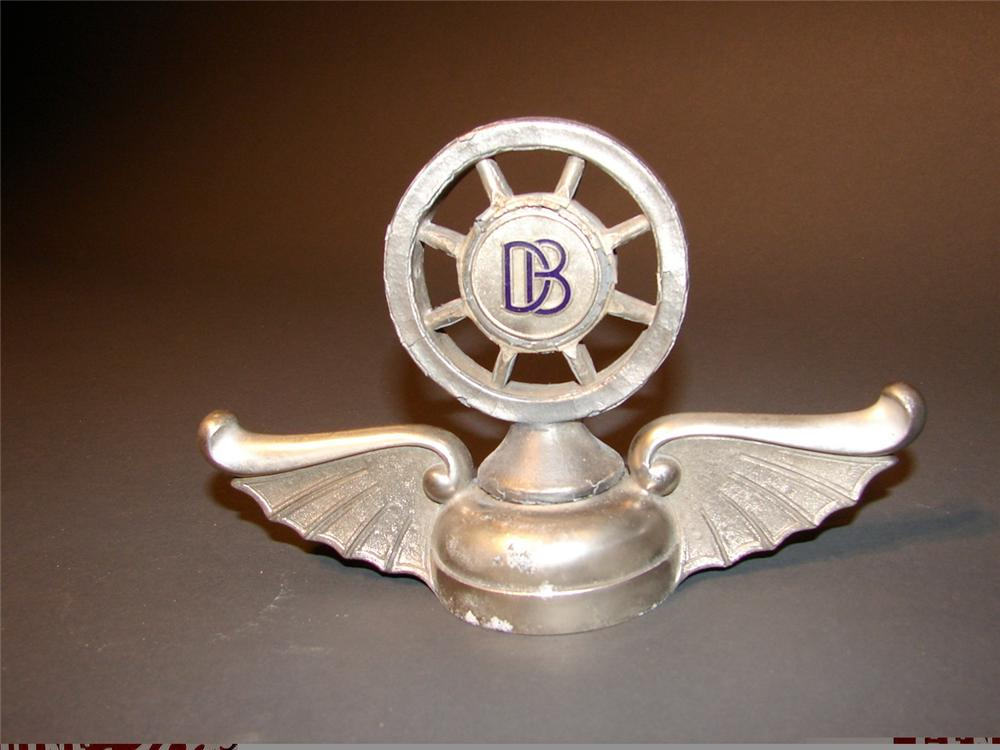 Hard to find 1925-1927 Dodge Brother radiator cap hood mascot. - Front 3/4 - 46918