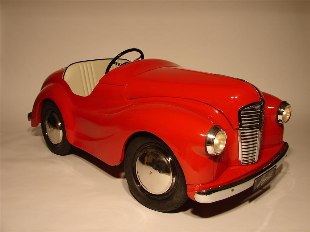 Exceptional Austin J-40 restored pedal car. - Front 3/4 - 47008