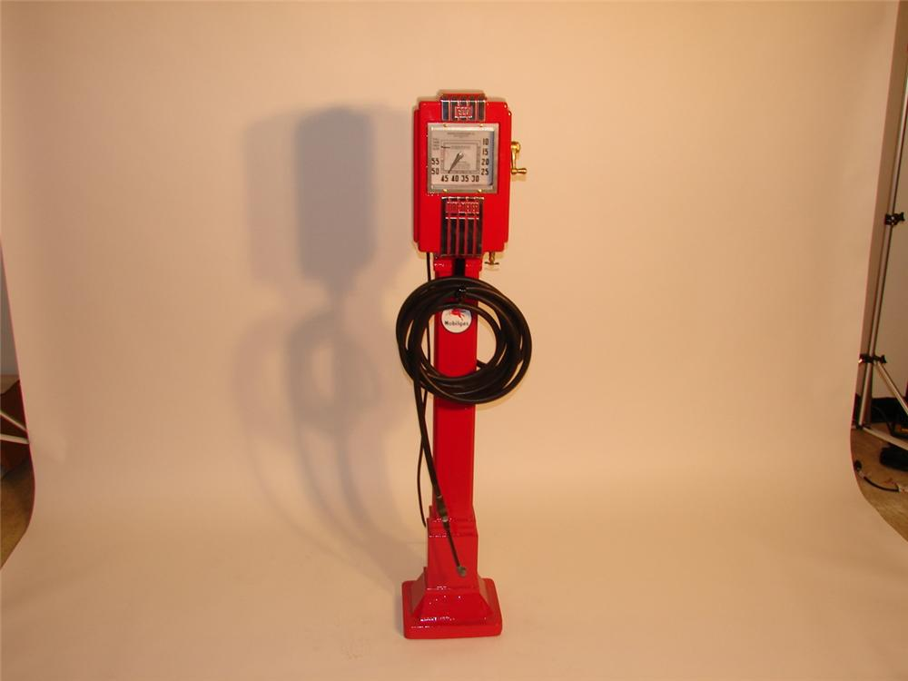 Gorgeous 1930s Eco Air Meter station model #37. - Front 3/4 - 47011