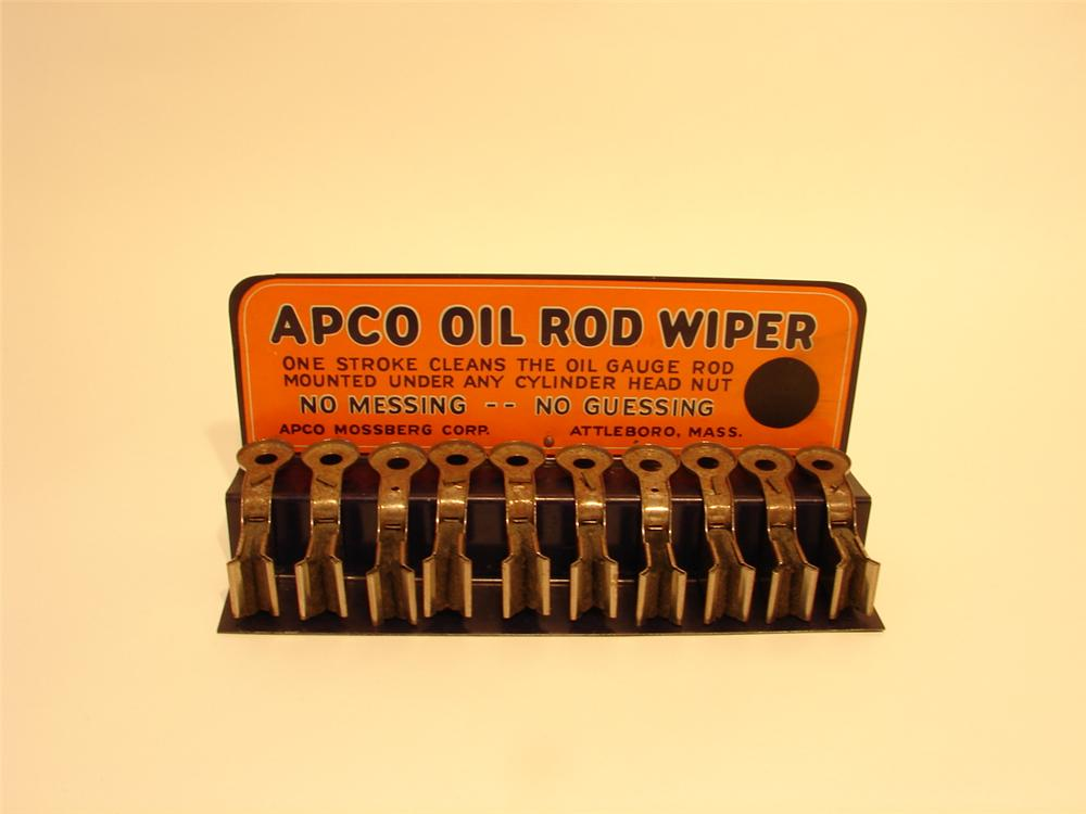 1930s N.O.S. Apco oil Rod Wiper counter-top display. - Front 3/4 - 47019