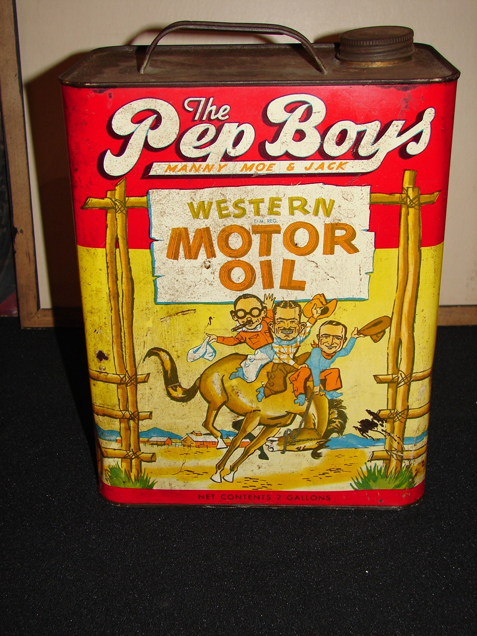 1940s pep boys motor oil two gallon can with great