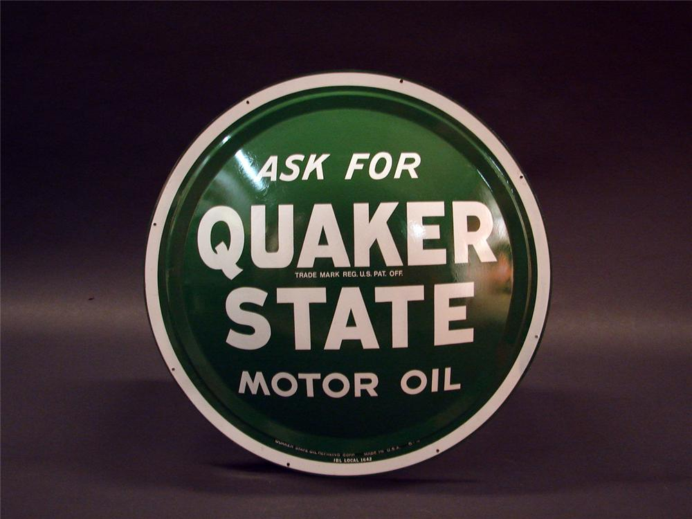 N.O.S. Quaker State Motor Oil single-sided tin convexed garage sign. - Front 3/4 - 50053