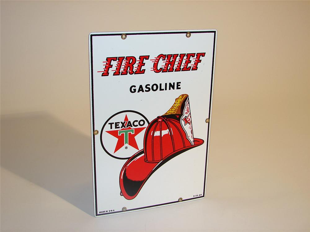 N.O.S. 1962 Texaco Fire Chief porcelain pump plate sign (smaller version). - Front 3/4 - 50280