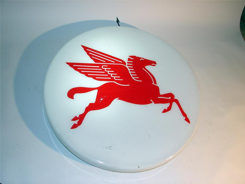 1970s-80s Mobil Gasoline light-up station sign with Pegasus. - Front 3/4 - 50353