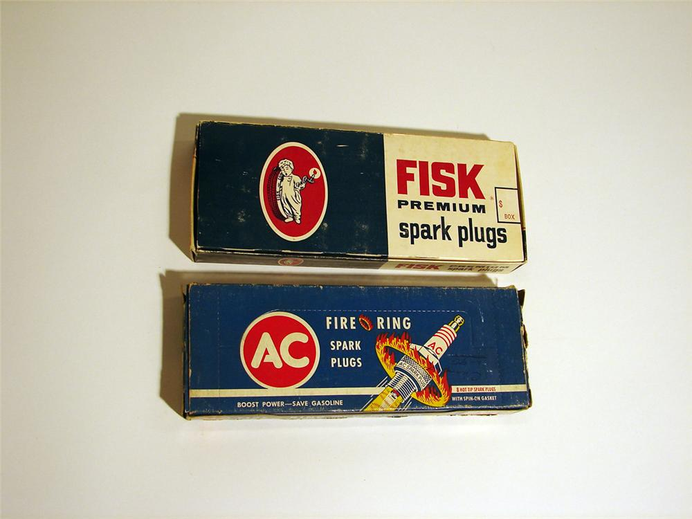 Lot of two 1950s N.O.S. spark plug sets still in the original sleeves (AC and Fisk). - Front 3/4 - 50371