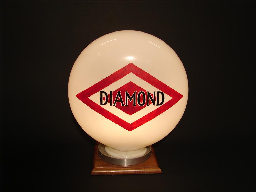 Late 20s-early 30s Diamond Gasoline one-piece etched gas pump globe. - Front 3/4 - 62528