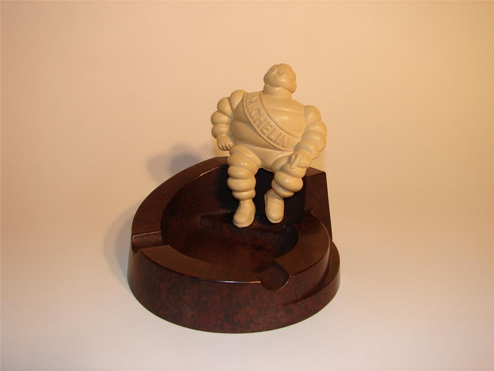 1930s Michelin Tires garage ashtray featuring Bibedum.  Manufactured out of Bakelite. - Front 3/4 - 62555