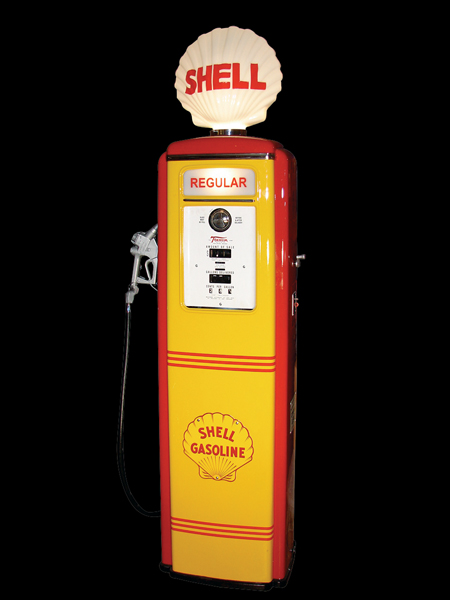 Wonderful late 40s Tokheim 100 Shell station gas pump with clamshell globe. - Front 3/4 - 62598