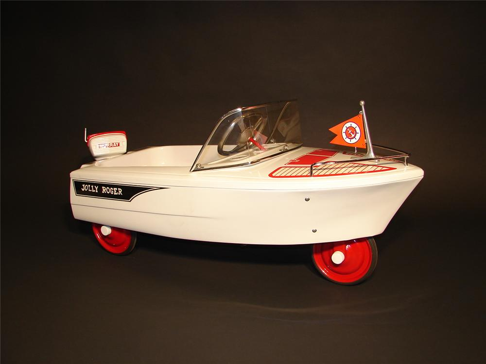 Hard to find 1960s Murray pedal car speed boat. - Front 3/4 - 62709