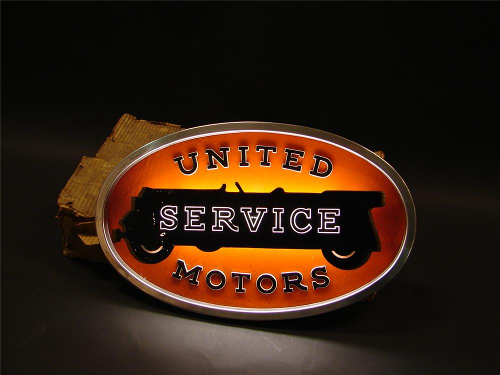 Unbelievable N.O.S. 1947 Univer Motors Service light-up garage sign still in the original box. - Front 3/4 - 62710