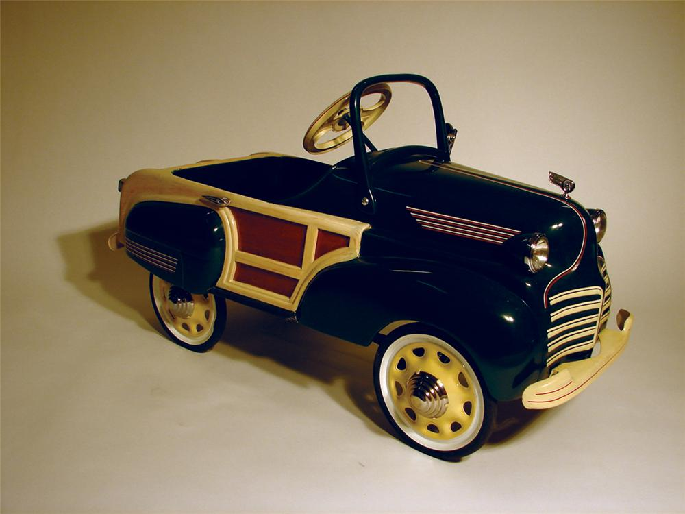 """1940s Chrysler Town & Country """"Woody"""" pedal car. - Front 3/4 - 62854"""