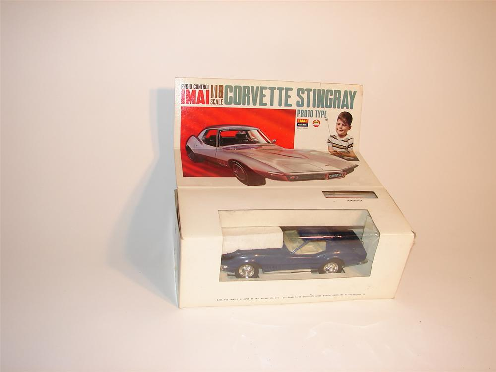 Early 70s 1/18 scale N.O.S. radio controlled Corvette Stingray still in the original box. - Front 3/4 - 62861