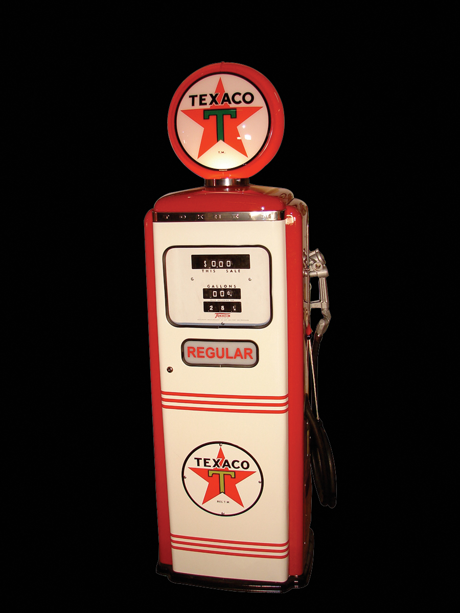 Sharp 1958 Texaco Tokheim model #300 restored gas pump. - Front 3/4 - 62928