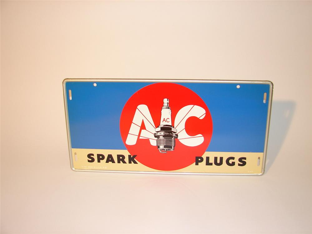 - N.O.S. 1941 AC Spark Plugs tin sign. - Front 3/4 - 63034