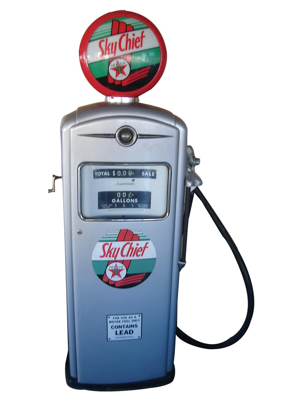 1950 Texaco Sky Chief service station Bennett gas pump model #956. - Front 3/4 - 63221