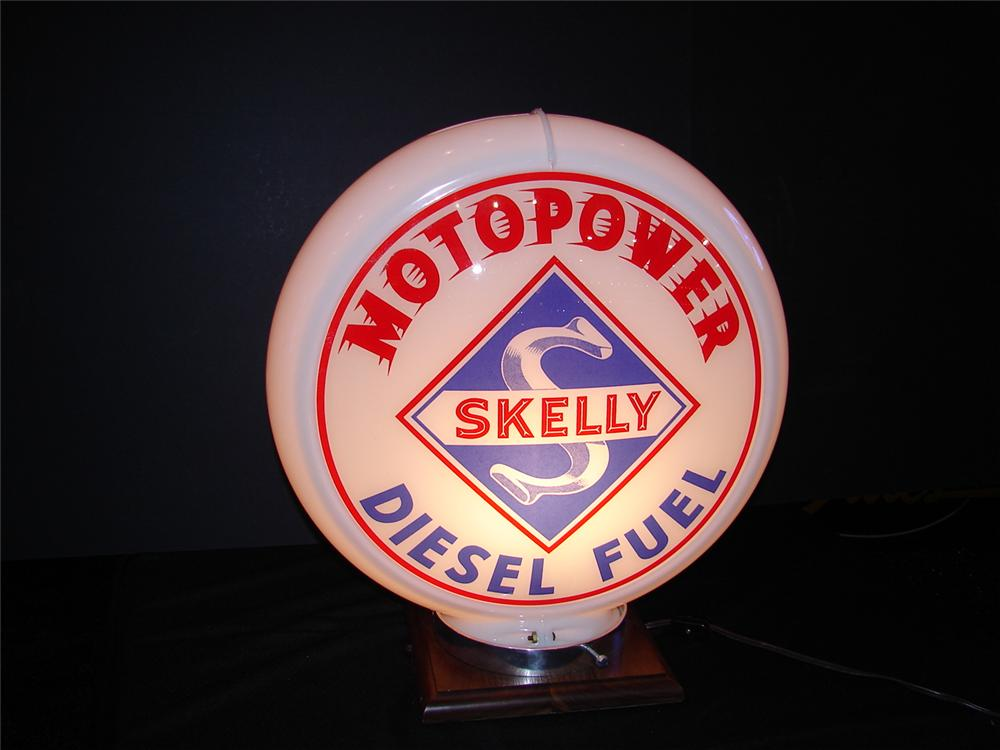 N.O.S. 1949 Skelly Motopower Diesel gas pump globe.  Condition: Near Mint - Front 3/4 - 63261