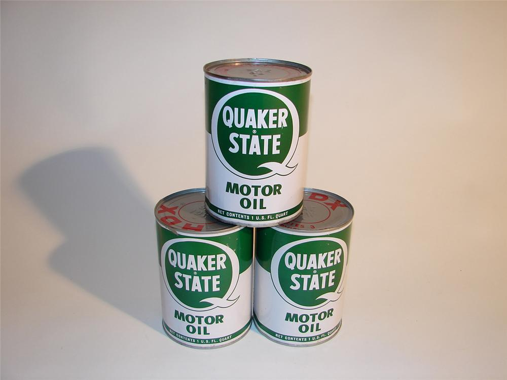 Lot of three 1960s Quaker State Motor Oil quarts. - Front 3/4 - 64534