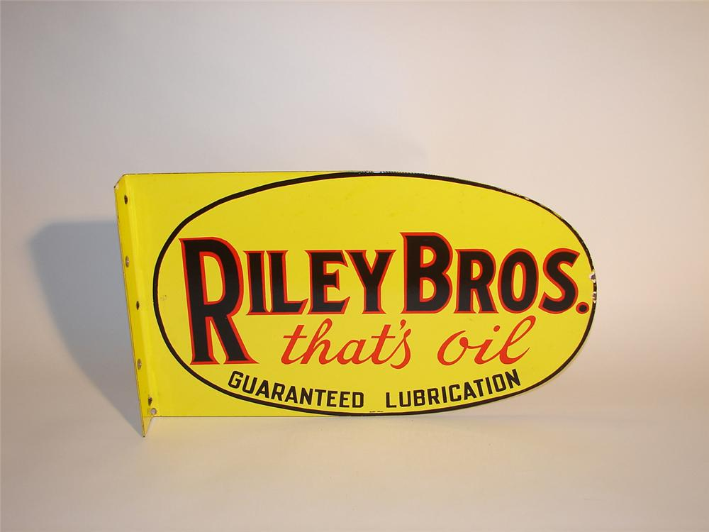 "Scarce late 30s-40s Riley Brothers ""Thats Oil"" porcelain garage flange. - Front 3/4 - 64572"