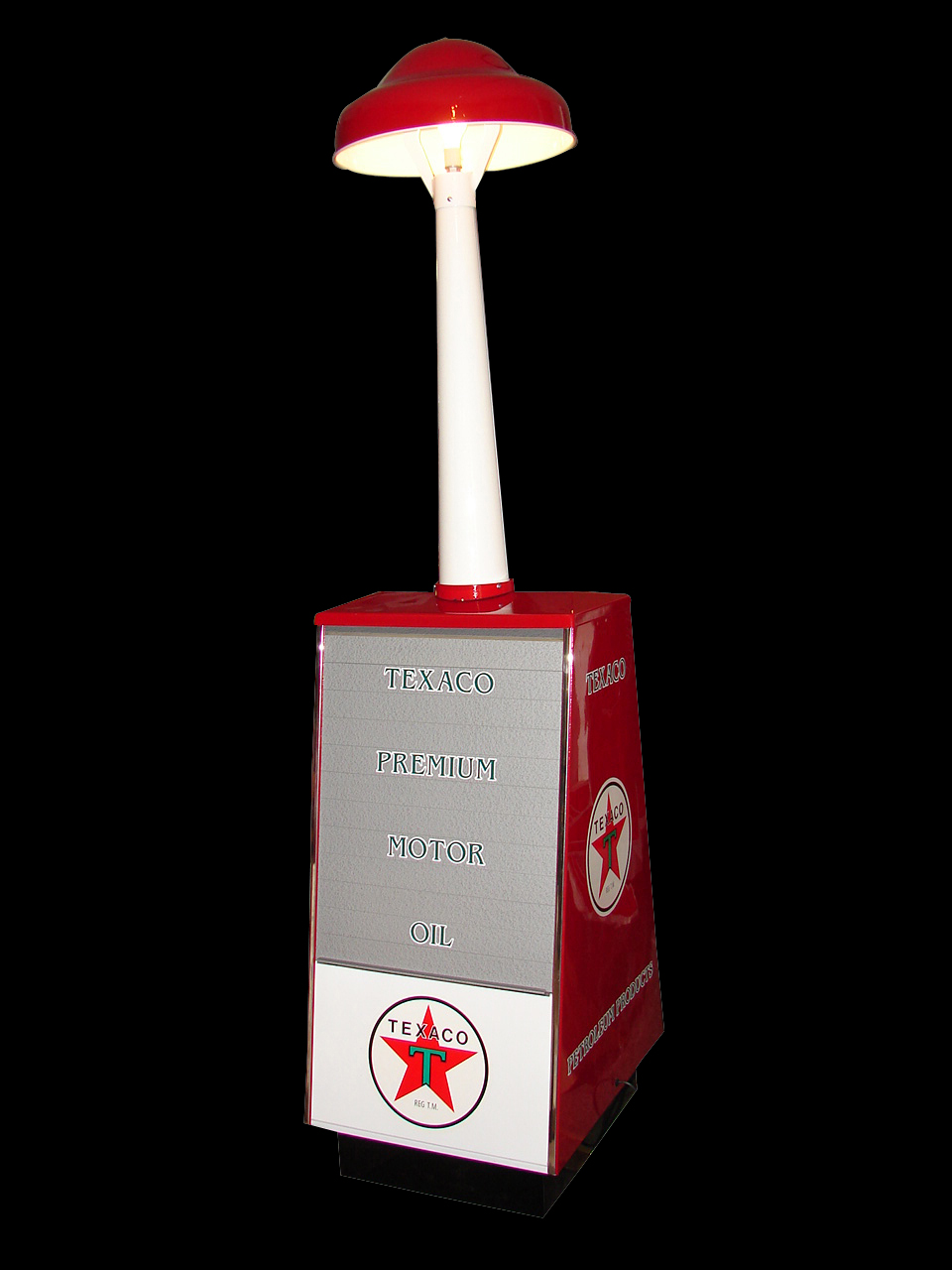 1950s-60s Texaco Motor Oil quart island display cabinet with station lighter. - Front 3/4 - 64584