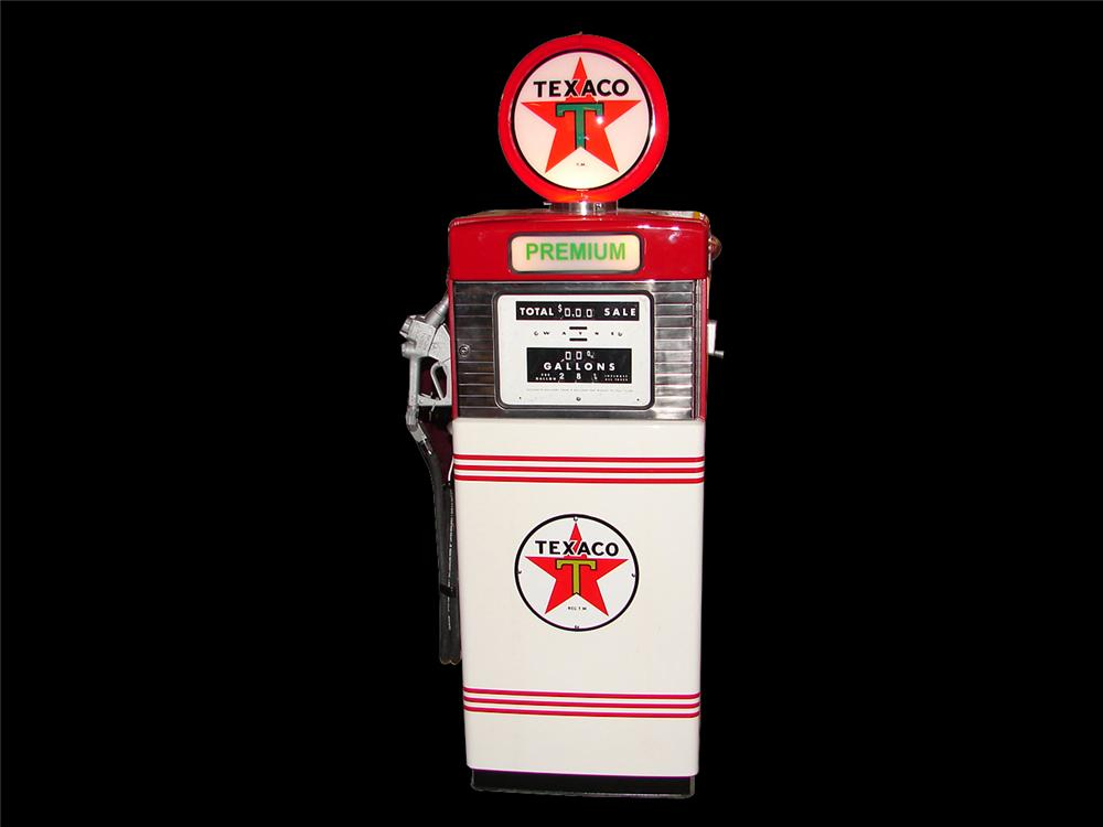 1960s Texaco Wayne 505 restored service station pump. - Front 3/4 - 64585