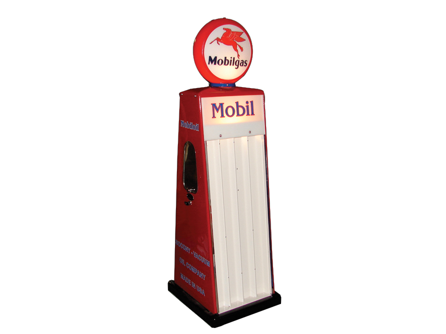 Very interesting 1950s Mobilgas Sel-Oil restored service station island oil display cabinet. - Front 3/4 - 64781