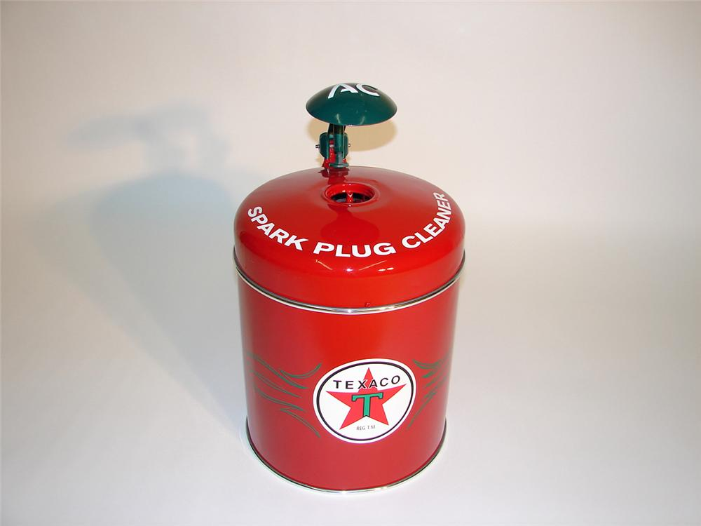 Professionally restored 1940s Texaco AC Spark Plugs station cleaner. - Front 3/4 - 64956