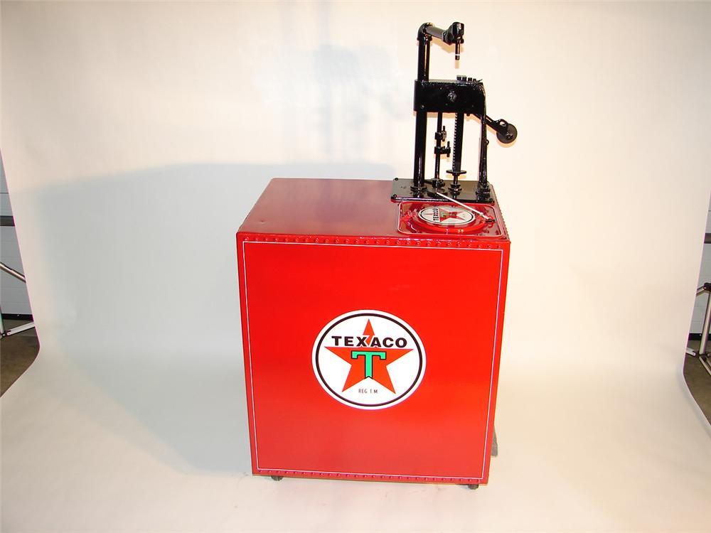 Unique 1920s Texaco service station 40 gallon hand crank oil dispenser. - Front 3/4 - 64987