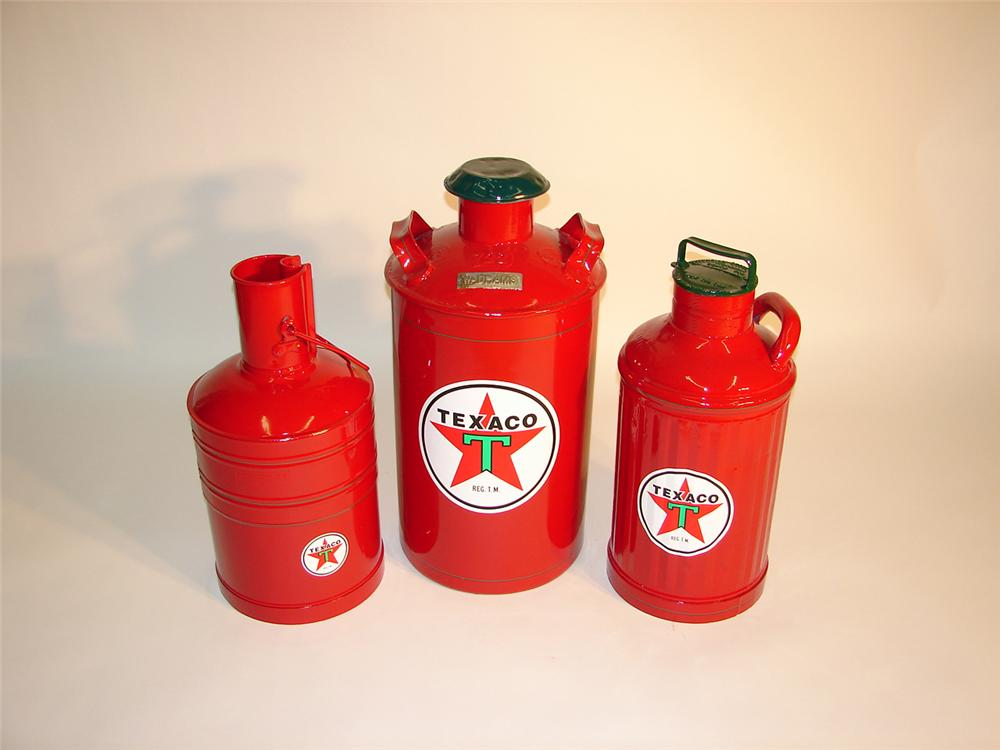 Lot of three restored vintage Texaco service station cans - Front 3/4 - 65425
