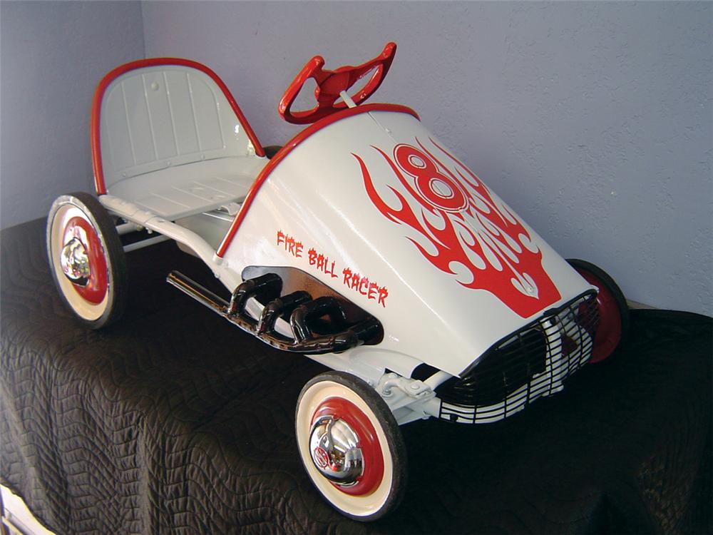 Fully restored Murray Fire Ball Racer childs pedal car. - Front 3/4 - 66837
