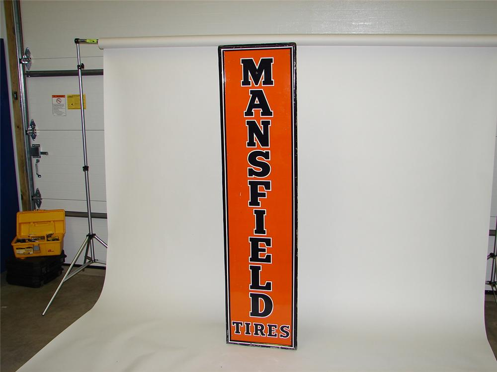 Mansfield tires garage sign - Front 3/4 - 67077
