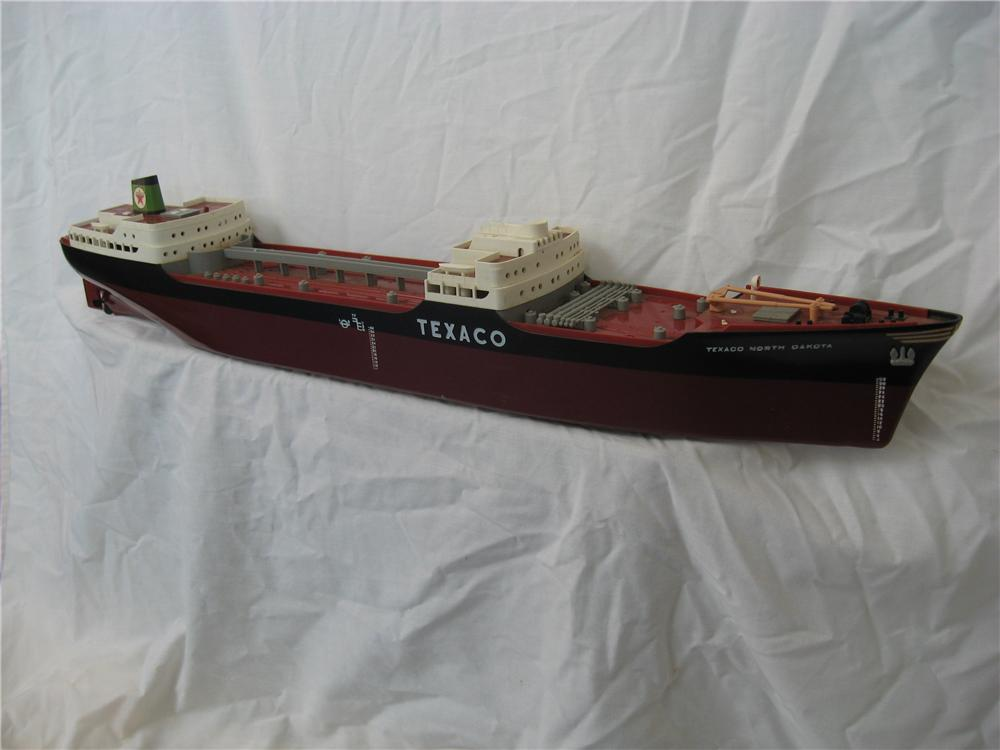 Neat 1950s Texaco Gasoline station promotional oil tanker. - Front 3/4 - 67259