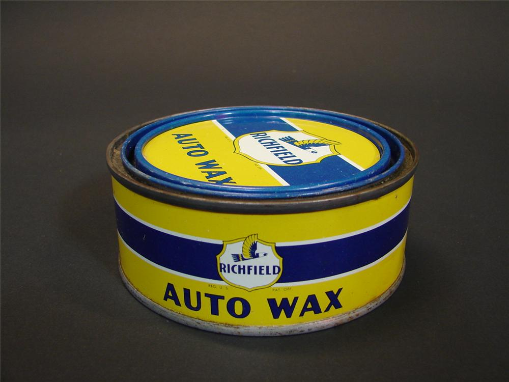 N.O.S. 1940s Richfield Auto Wax tin.  Still Full! - Front 3/4 - 68554
