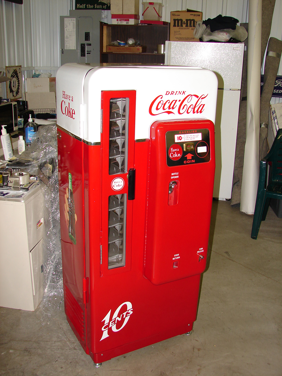 Magnificently restored late 50s-early 60s Cavalier 72 Coca-Cola coin-operated soda machine. - Front 3/4 - 69533